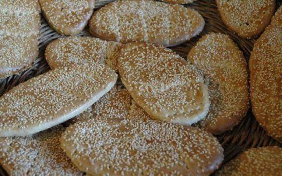 نان شیرینی محلی قم