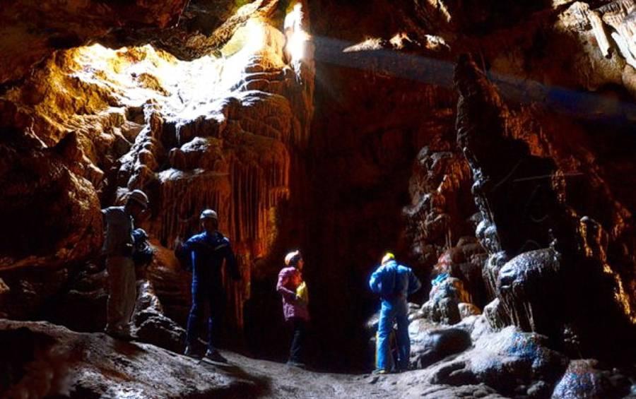 غار وشنوه(جاذبه ای طبیعی)